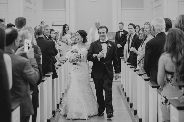 Modern-Classic-Wedding-at-The-Room-on-Main-Shaun-Menary-Photography-18-600x400